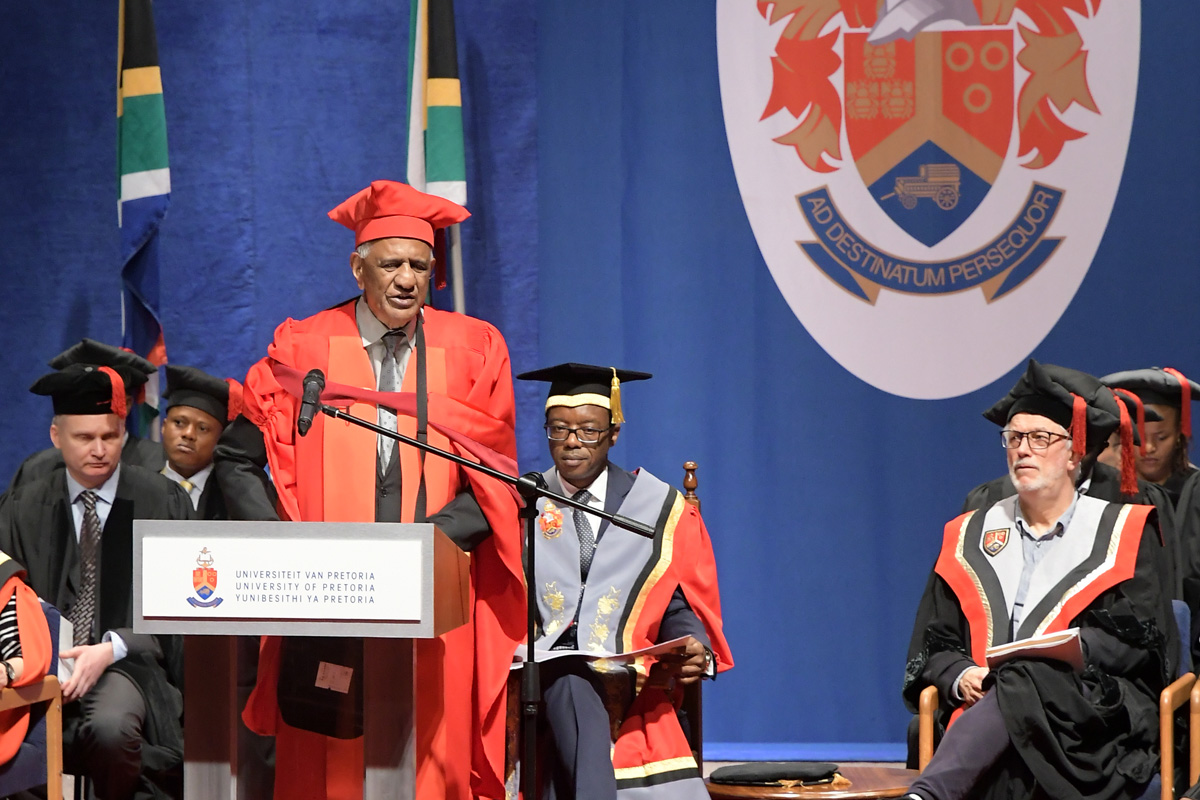 Justice Zak Yacoob awarded honorary doctorate